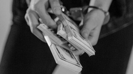 Воронежский водитель-наркоман получил реальный срок за долларовую взятку