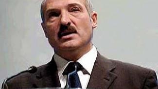 Александр Лукашенко передал 1443 медали воронежским воинам