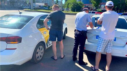 Полиция предупредила воронежских таксистов о постоянных проверках