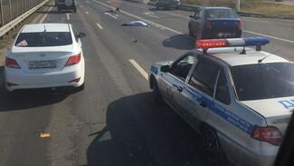 На трассе под Воронежем пенсионер насмерть сбил женщину на зебре