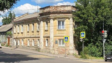 В Воронеже Дом Трушевских с «триумфальной аркой» обновят к концу лета