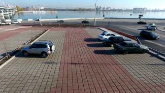 Бесплатная и бесполезная. В Воронеже открылась первая перехватывающая парковка
