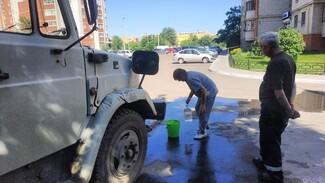 Жителям Левого берега Воронежа организовали подвоз воды по девяти адресам