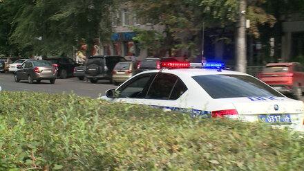 В Воронежской области водитель протащил инспектора ДПС по асфальту и получил штраф