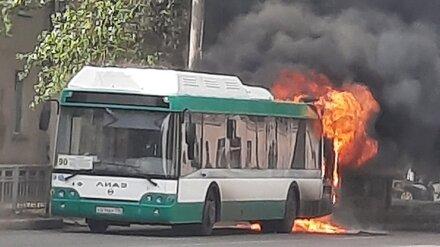 Мэр Воронежа поручил проверить все маршрутки после пожара в 90-м автобусе