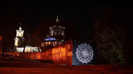 Воронежский художник восстановил в пасхальную ночь свой уничтоженный «Маятник Фуко»