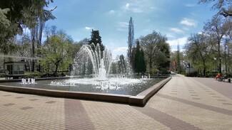 В воронежском Кольцовском сквере заработал фонтан