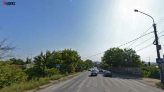 В Воронеже иномарка сбила двух пешеходов: девушка погибла