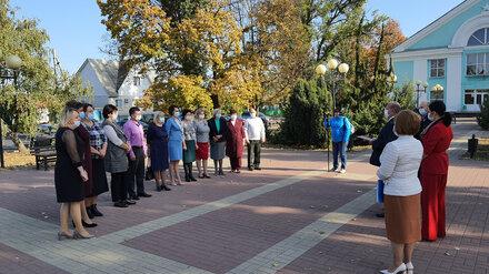 Сергей Лукин поздравил учителей с профессиональным праздником