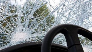 В Воронежской области в ДТП с микроавтобусом и фурой погиб человек