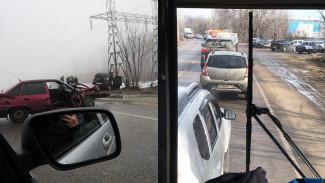 В Воронеже на одном участке улицы за 5 минут произошли два крупных ДТП