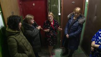В Воронеже жильцы многоэтажки из-за капремонта рискуют встретить Новый год без телевизоров