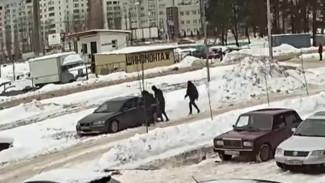 Воронежские полицейские раскрыли дерзкое ограбление супругов на 500 тыс. рублей