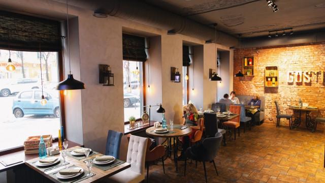 Ресторан и кафе в центре Воронежа возобновили работу после запрета суда