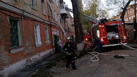 В Воронеже более 30 квартир пострадали после крупного пожара в трёхэтажке