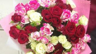 Воронежец ограбил продавца цветов, чтобы подарить жене 31 розу на годовщину свадьбы