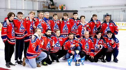 На ледовой арене в Нововоронеже завершился открытый хоккейный турнир