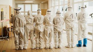 Учёные назвали причину, по которой не удаётся остановить пандемию коронавируса