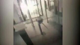 Появилось видео взрыва в отделе полиции в Лисках изнутри