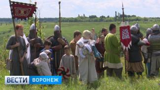 Сотни воронежцев погрузились в раннее средневековье в Костёнках