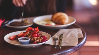 Управляющего кафе в воронежском райцентре оштрафовали за нарушения антиковидных правил