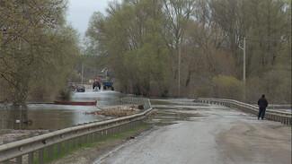По затопленному мосту под Воронежем спустя неделю возобновили движение