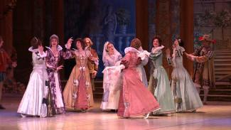 Сказка 19 века в оригинале. Для воронежцев воссоздали балет «Спящая красавица»