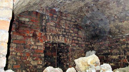 В центре Воронежа раскопали старинные кирпичные своды