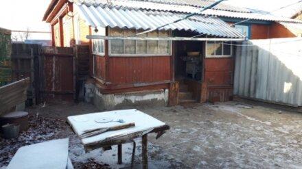 В Воронежской области избитый мужчина насмерть замёрз в огороде