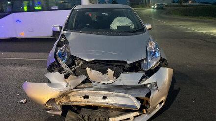 После массового ДТП под Воронежем 2-летний пассажир иномарки потерял сознание