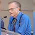Умер болевший коронавирусом знаменитый телеведущий Ларри Кинг