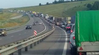 На трассе М-4 «Дон» в Воронежской области образовалась пробка в 17 км