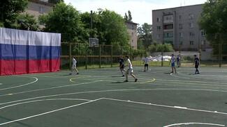 В Воронеже 8 команд из разных стран сразились на турнире по мини-футболу