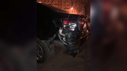 В Воронеже пьяный автомобилист врезался в такси и скрылся