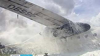 Горящий самолет в воронежском аэропорту успешно потушен