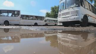 В Воронеже сняли с маршрутов более 100 старых автобусов