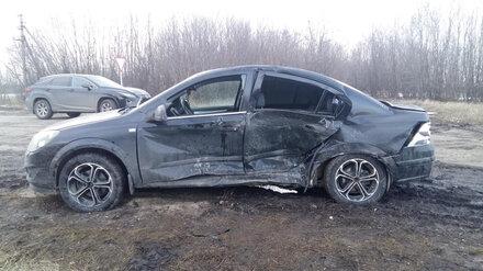В Воронежской области столкнулись две иномарки: 8 человек пострадали