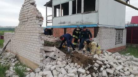 Воронежский губернатор выразил соболезнования семьям погибших под завалами дачи детей
