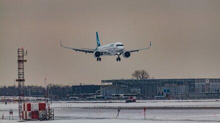 Ледяной дождь парализовал работу воронежского аэропорта