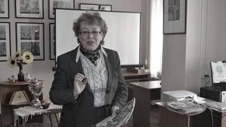 Губернатор выразил соболезнования семье умершей от COVID сотруднице детского фонда в Воронеже