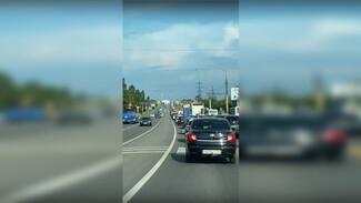 Воронежские мосты застыли в пробках