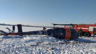 Спасатели рассказали о состоянии пилотов вертолёта после жёсткой посадки под Воронежем