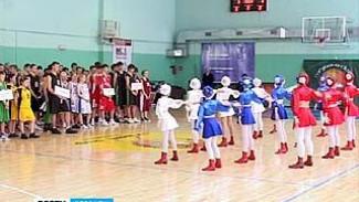 В Воронеже стартовали игры школьной баскетбольной лиги