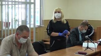 Семью экс-полицейских из Воронежской области осудили за незаконный бизнес на мигрантах