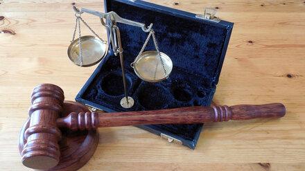 Суд не прекратил дело экс-замглавы воронежской Росгвардии, использовавшего труд бойцов