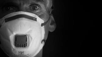 Коронавирус поставил рекорд по заболеваемости в России и в мире