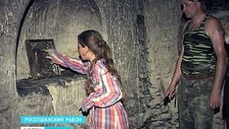 Казаки разбирают завалы - у входов в меловые храмы