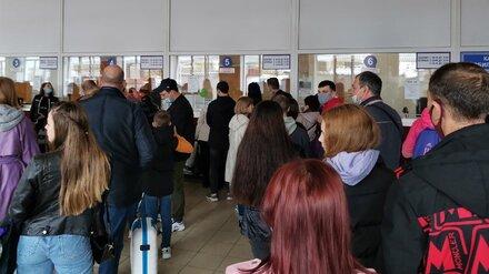 В первый день майских праздников жители Воронежа бросились вон из города