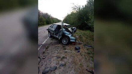 Один человек погиб и двое пострадали в жутком ДТП в Воронежской области