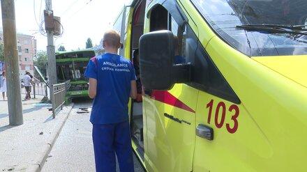 Прокуроры уточнили число пострадавших в ДТП с потерявшим сознание маршрутчиком в Воронеже
